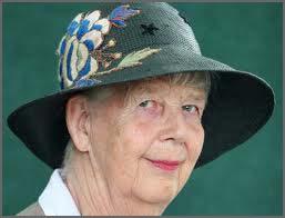Shirley Hughes bio